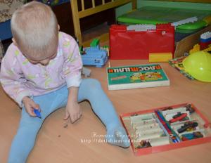 дети, детям, занятия с детьми, лепим, лепит, игры с детьми, занятия с детьми, чем занять ребенка, пластилин